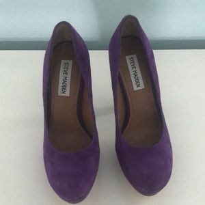 Steve Madden BEASST Purple suede heels size 6M.